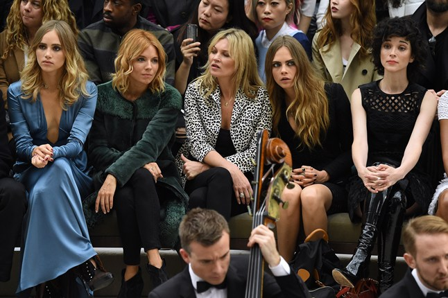 burberry-front-row-3-vogue-21sep15-rex_b_646x430