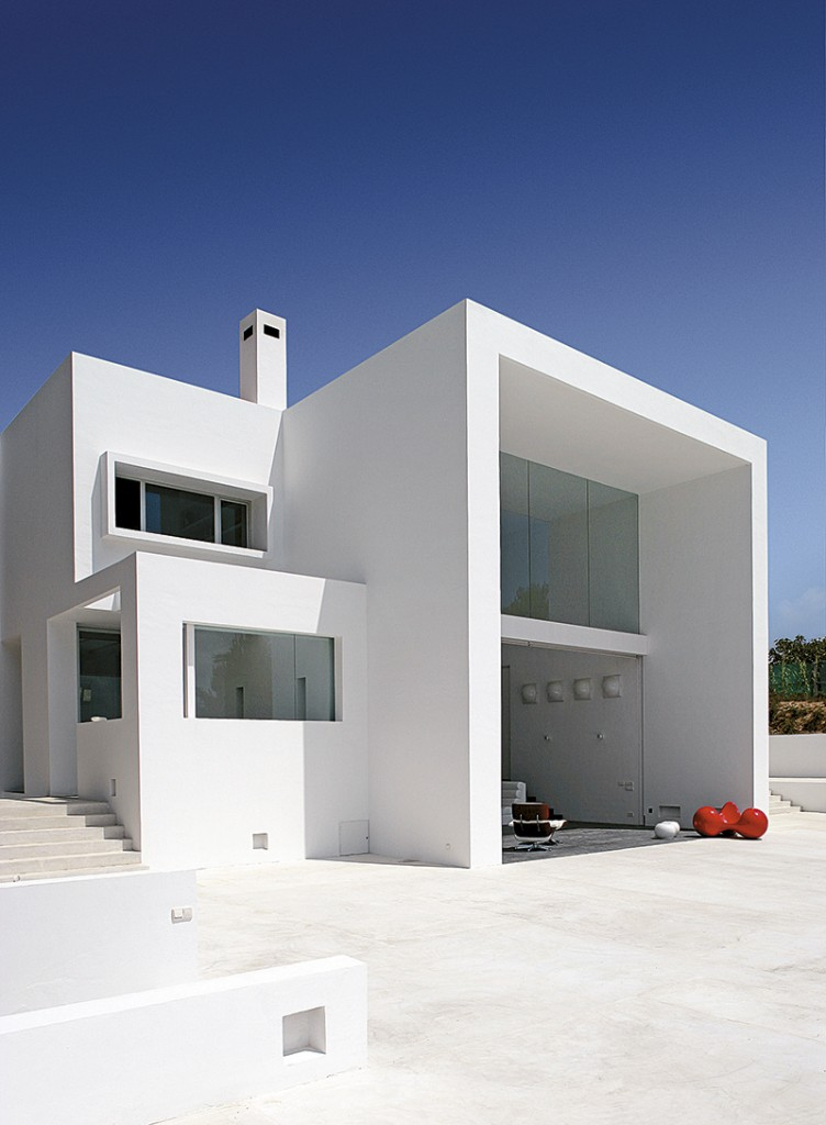 casa_de_alex_estilles_y_xavi_lanau_en_ibiza_99108585_800x1089