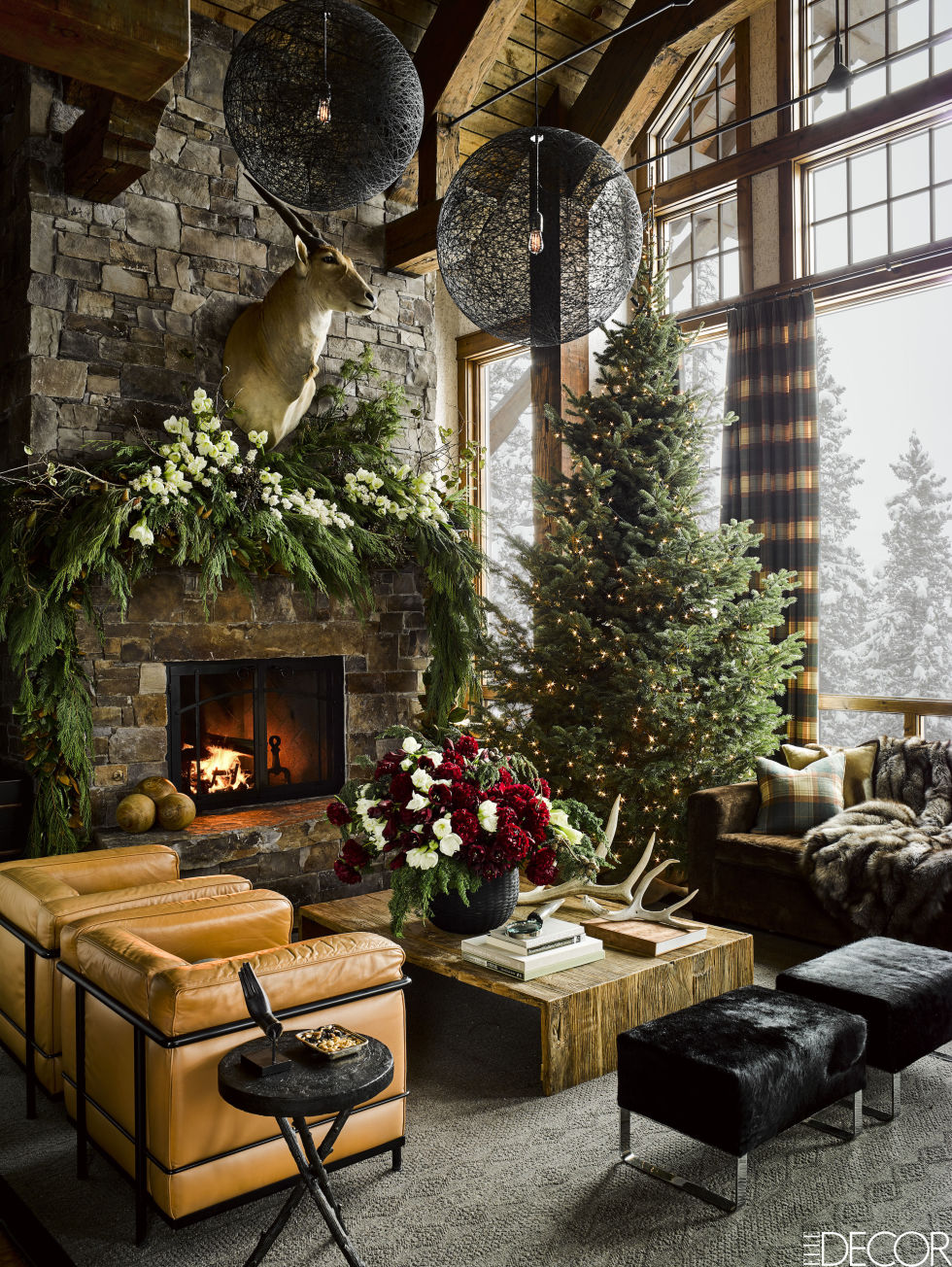 gallery-1479404491-montana-christmas-home-living-room