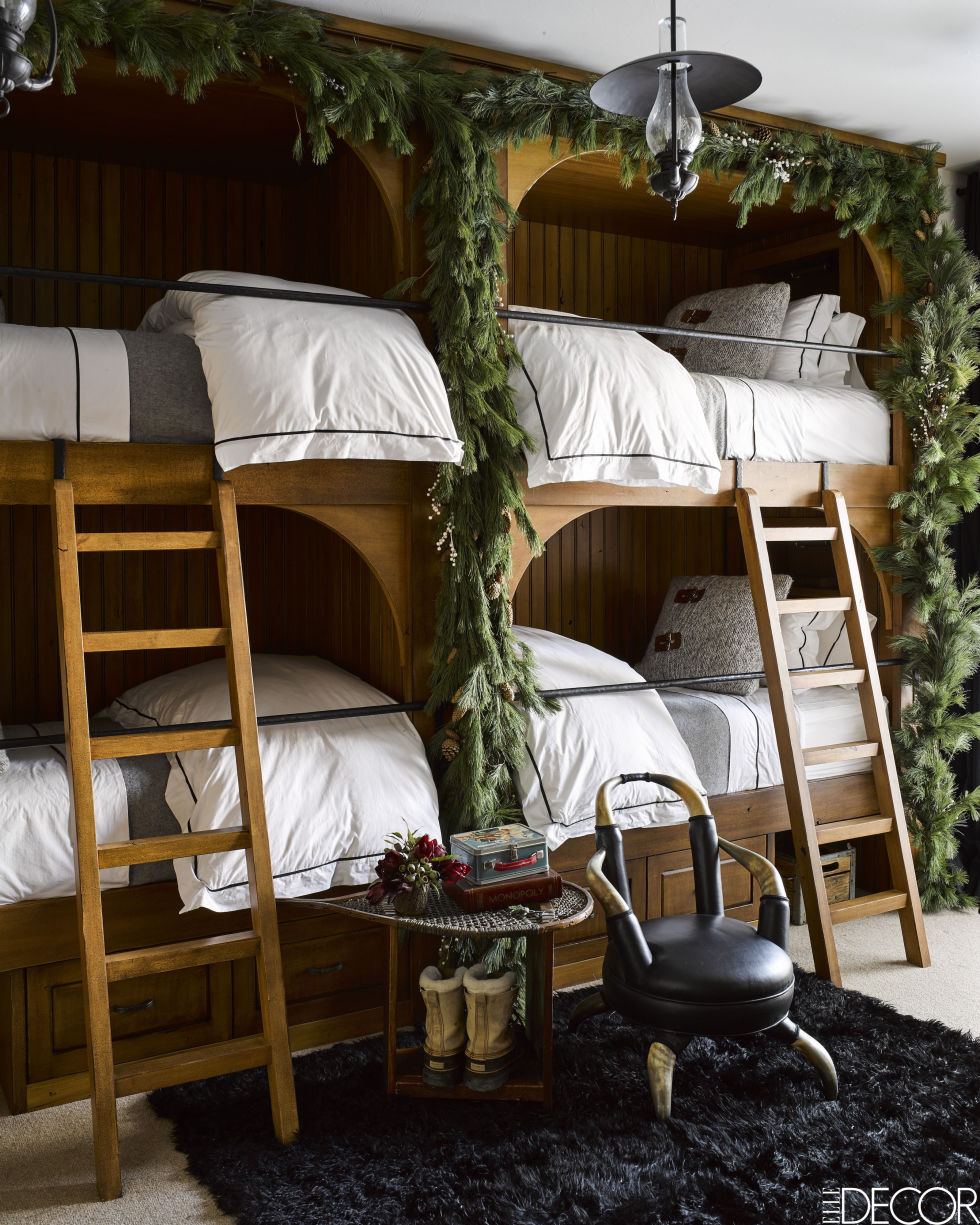 gallery-1479404627-montana-chirstmas-home-bunk-beds